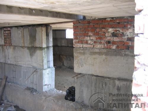 Дом недостроенный высота более 4м