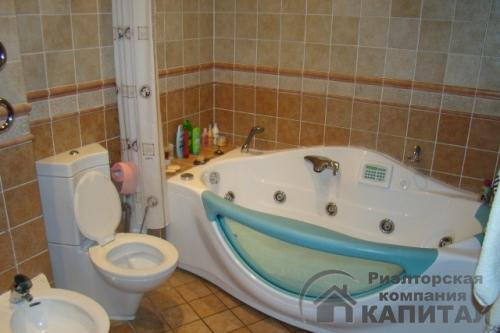 Трехкомнатная квартира элитная на Серебренниковской Ванная комната