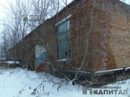 производственно-складские  помещения с  земельным участком 15 га