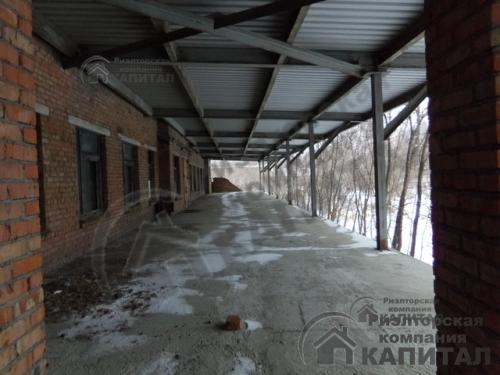 производственно-складские  помещения с  земельным участком 15 га Автопандус