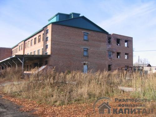 производственно-складские  помещения с  земельным участком 15 га здаиие  3 000 кв.м. одно из шести зданий площадью-3300квм