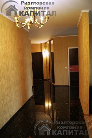 Двухкомнатная квартира класса люкс на Фрунзе прихожая