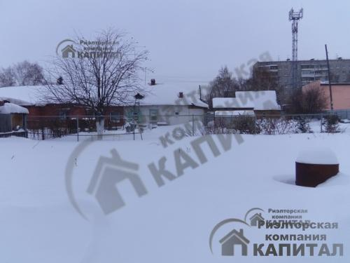 Дом с центральными коммуникациями в Ленинском районе Огород